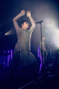 Gary Numan returned in 2017 with a new album, Savage, and a North American tour. Concert photos from Gary's stop in Denver at the Gothic Theatre. Gothic Theater, Theatre, Gary Numan, American Tours, Dye My Hair, 2017 Photos, Music Icon, Rock Style, Sexy Ass