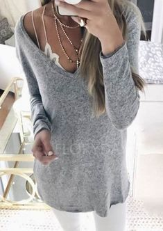 Black Friday Solid V-Neckline Long Sleeve Casual T-shirts top online fashion store for women. Shop sexy club jeans, shoes, bodysuits, skirts and more . Trendy Fashion, Plus Size Fashion, Fashion Outfits, Fashion Trends, Fashion Ideas, Classy Fashion, Fashion Fashion, Casual Outfits, Fashion Design