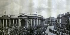 The Funeral of Michael Collins passes Trinity College, August 1922