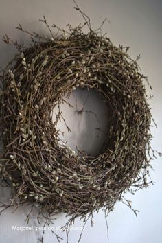 wianek wreath for rustic door entrance wall Xmas Wreaths, Wreaths For Front Door, Door Wreaths, Christmas Decorations, Willow Wreath, Grapevine Wreath, Decoration Inspiration, Diy Wreath, Spring Flowers