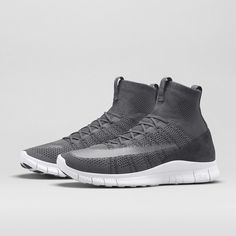 Nike Free Mercurial Superfly Men's Shoe. Nike Store Best Sneakers, Sneakers Fashion, Shoes Sneakers, Nike Joggers, Nike Windbreaker, Nike Boots, Nike Store, Nike Outfits, Nike Sweatshirts