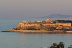 Rethymnon -  home of a Venetian fortessa, Turkish and Italianate houses, and atmospheric cafes and shops on the harbor.