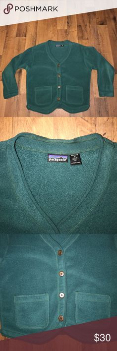 Medium Patagonia Fleece Cardigan Sweater Green Excellent condition Patagonia Sweaters Cardigans