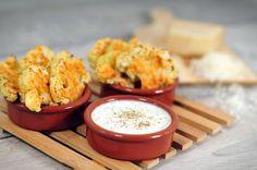 Gegrilde bloemkoolroosjes, een heerlijk en simpel gerecht. Gegrilde bloemkoolroosjes zijn boven erg gezond. Dit makkelijke recept staat snel op tafel.
