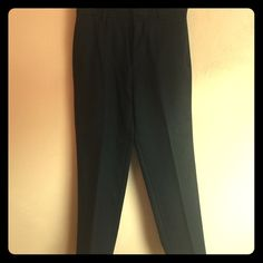 Black trousers This is a pair of black twill trousers. In great condition. Size 30/30. Coin pocket right side. Banana Republic Pants Trousers