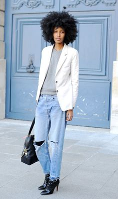 Hair au naturel! Solange Knowles, we love your style!