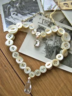1000+ images about Primitive Craft on Pinterest | Hanging hearts, Buttons and Shabby chic