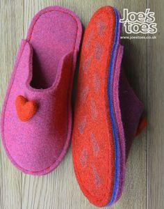 Fuchsia felt slipper with red felt heart size 3-4 £40.00