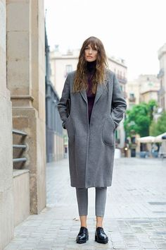 How to dress like a Parisian - oder: Caroline de Maigret x Uterqüe - amazed Tomboy Fashion, Fashion Mode, Work Fashion, Fashion Trends, Elegantes Business Outfit, Elegantes Outfit, Dress Like A Parisian, Parisian Chic, Mantel Outfit