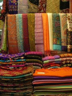 Fabric Market in Turkey. 34 years later, we still have the carpet we bought at the Grand Bazaar. Grand Bazar, Blue Mosque, Turkey Travel, Textile Fabrics, Fabulous Fabrics, Istanbul Turkey, Fabric Art, Places To Go, Design Inspiration