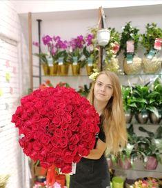 #redroses #rosebouquet #roses #trandafiri