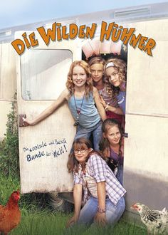 Die Wilden H?hner (2006) - Four eclectic friends make up the closest-knit clique in fifth grade. But when the unexpected occurs, they must join forces with a rival club of boys.