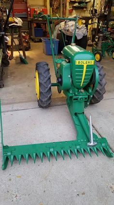 895 Best Vintage tractors , riding mowers , & push mowers