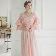 1b88d07f0d 2017 New Summer White Cotton Nightgown Princess Nightdress Ladies Nightwear Women  Long Sleepwear Sleeping Dress 2131