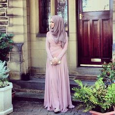 Hijabi style.  If I could walk down the street wearing this, and not get a bunch of fearful looks and angry stares from ignorant, judgmental minds that are trapped in fear... I would.  Every single day.