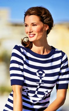 Cruise Outfits - What to wear on a cruise - click to READ ARTICLE on my website - #cruiseoutfits #cruise #fashion - bon voyage baby! Send me a freaking postcard.