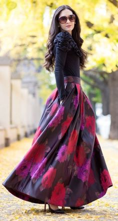 Skirt Outfits – Page 3152106532 – Lady Dress Designs Maxi Skirt Outfits, Modest Outfits, Modest Fashion, Dress Skirt, Fashion Dresses, Dress Up, Long Maxi Skirts, Ball Skirt, Look Chic
