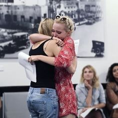 last table read ever of Liv and Maddie. emotions on high this be the last Liv&Maddie show you guys Poor dove cameron is crying :( poor dove cameron no more Liv&Maddie show :( comment if you are sad