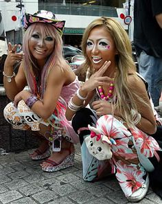 I don't think i like the Ganguro look... However i will try it anyways cause that would be lots of fun :D