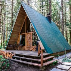 "21k Likes, 292 Comments - Outside Magazine (@outsidemagazine) on Instagram: ""Leave it to a Rainier mountain guide to renovate the ultimate A-frame. Best part? You can stay the…"""