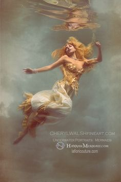 Bask in the Ethereal Beauty of Cheryl Walsh's Underwater Photography Ethereal Photography, Double Exposure Photography, Levitation Photography, Water Photography, Photography Women, Portrait Photography, Underwater Photoshoot, Underwater Art, Underwater Photographer
