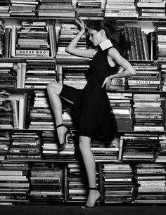 Ⓜ (C) 0625: Coco Rocha (1988-....) -  Mikhaila Rocha mejor conocida como Coco Rocha, es una supermodelo canadiense nombrada una de las nuevas top models según Vogue. / Photo Karl Lagerfeld.