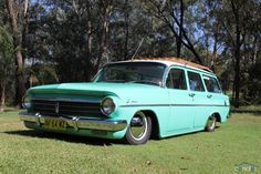 Hot Rods and Motorcycles Retro Cars, Vintage Cars, Big Girl Toys, Girls Toys, Holden Wagon, Holden Monaro, Aussie Muscle Cars, Old Wagons, Australian Cars