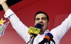 Elezioni grecia: Tsipras vittoria di Pirro? Alla fine delle elezioni è comunque Alexis Tsipras a portare a casa la vittoria e il governo, mentre Varoufakis non riesce neanche a entrare nelle camere del potere. Adesso però gli aspetta un compit #politica
