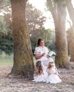 We dedicated to capturing beautiful timeless moments in your life story. #familyphotography #timelessmoments #babyphotography #vintagephotos #vintageoutfits