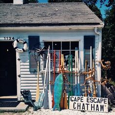 We're suckers for Cape Cod antique stores— full of coastal charm! Nantucket, Les Hamptons, Chatham Cape Cod, Cape Cod Cottage, Maine New England, Cap Ferret, Ocean Sounds, Summer Vibes, Summer Fun