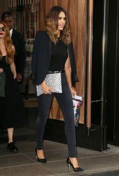 Jessica Alba Photos: Jessica Alba Leaves Her Hotel