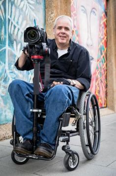 Photographers don't let disabilities get in their way Chronic Pain, Chronic Illness, Spinal Cord Injury, Rare Disease, Invisible Illness, Medical Conditions, People Around The World, Disability, Baby Strollers