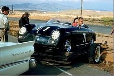 tarsilveira:  Steve McQueen backs his Speedster off a trailer #porsche
