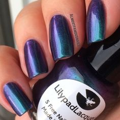 Almost Famous Nails: Lilypad Lacquer - Diving the Maldives