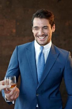 David Gandy, a triple threat: A. He's wearing BLUE, B. He's smiling, and C. It's David Gandy!
