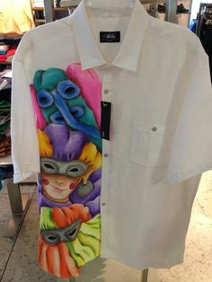 camisetas de carnaval pintadas a mano 2015 - Buscar con Google Madi Gras, Painted Clothes, Hand Embroidery, Craft Projects, Carnival, Fabric, Crafts, Congo, Google