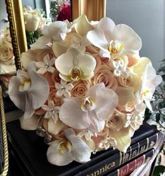 To see more chic wedding flower ideas: http://www.modwedding.com/2014/11/08/wedding-flower-ideas-classy-elegant-style/ #wedding #weddings #bridal_bouquet via Westchester Floral