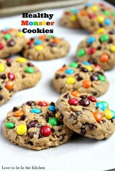 A soft and delicious healthy Monster Cookie made with peanut butter, oats, mini chocolate chips and topped with colorful mini M&M's. There's no butter, oil or flour in these cookies! desserts Healthier Monster Cookies - Love to be in the Kitchen Healthy Cookie Recipes, Healthy Baking, Healthy Desserts, Just Desserts, Baking Recipes, Delicious Desserts, Dessert Recipes, Yummy Food, Delicious Chocolate
