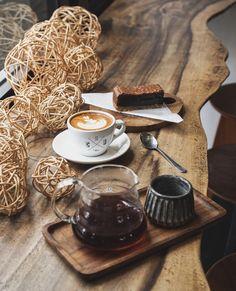 Coffee Shops, Coffee Maker, V60 Coffee, Juice, Bakery, Tea, Coffee Nook, Coffee Maker Machine, Coffee Percolator
