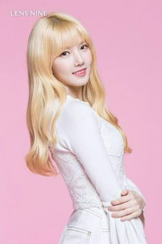 Gfriend Yerin for Lensnine Kpop Girl Groups, Korean Girl Groups, Kpop Girls, Gfriend Album, Mint Jeans, Collections Photography, Girl Korea, Pastel Portraits, Yoona Snsd