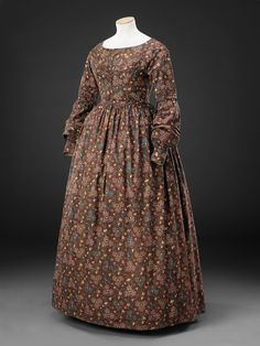 Dress    Circa 1840