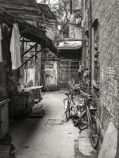 Hutong: Stamps of the Old Shanghai Today -no. 3- (Shanghai, China. #Photograph by Gustavo Thomas © 2007-2014)