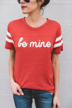 be mine valentine graphic tee || t-shirt design || t-shirt slogan || statement tee || casual outfit inspiration || street style