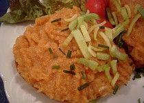 Falešný tatarský biftek Tacos, Chicken, Ethnic Recipes, Food, Red Peppers, Essen, Meals, Yemek, Eten