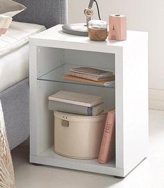 Nachttisch für 64,99€. Mit Glasboden, Inkl. Rückwand und Boden, Breite/Tiefe/Höhe: 40/40/55 cm bei OTTO