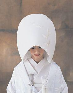はっとする美しさ♡神聖な気持ちにさせてくれる白無垢姿♡にて紹介している画像