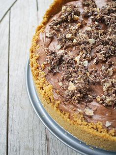 This nutella cheesecake recipe requires chilling instead of baking, so you don't have to worry about the surface of the cake cracking.