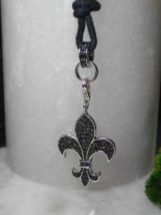 Kreuzanhänger - Lilie Bourbon Kreuz Anhänger Kette Ring Pirat - ein Designerstück von TOMKJustbe bei DaWanda