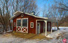 Morton Buildings horse barn in Minnesota.