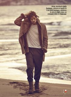 """Wouter Peelen in """"Last Days of Summer"""" by Richard Ramos for the September 2014 Issue of GQ Spain"""